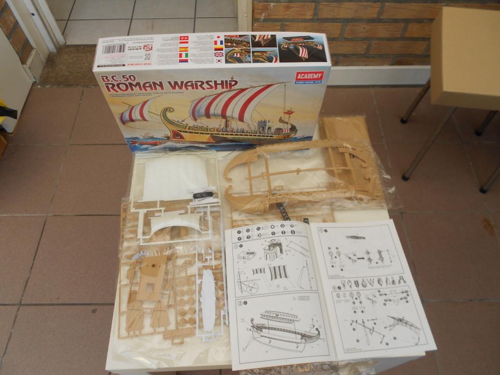 Roman Warship 1/72 Academy Dscn0259