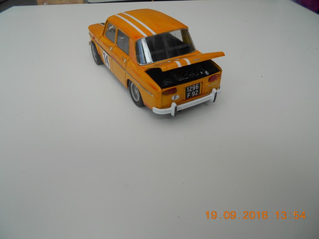 Renault R8 Gordini Heller au 1/24 - Page 2 Dscn0834
