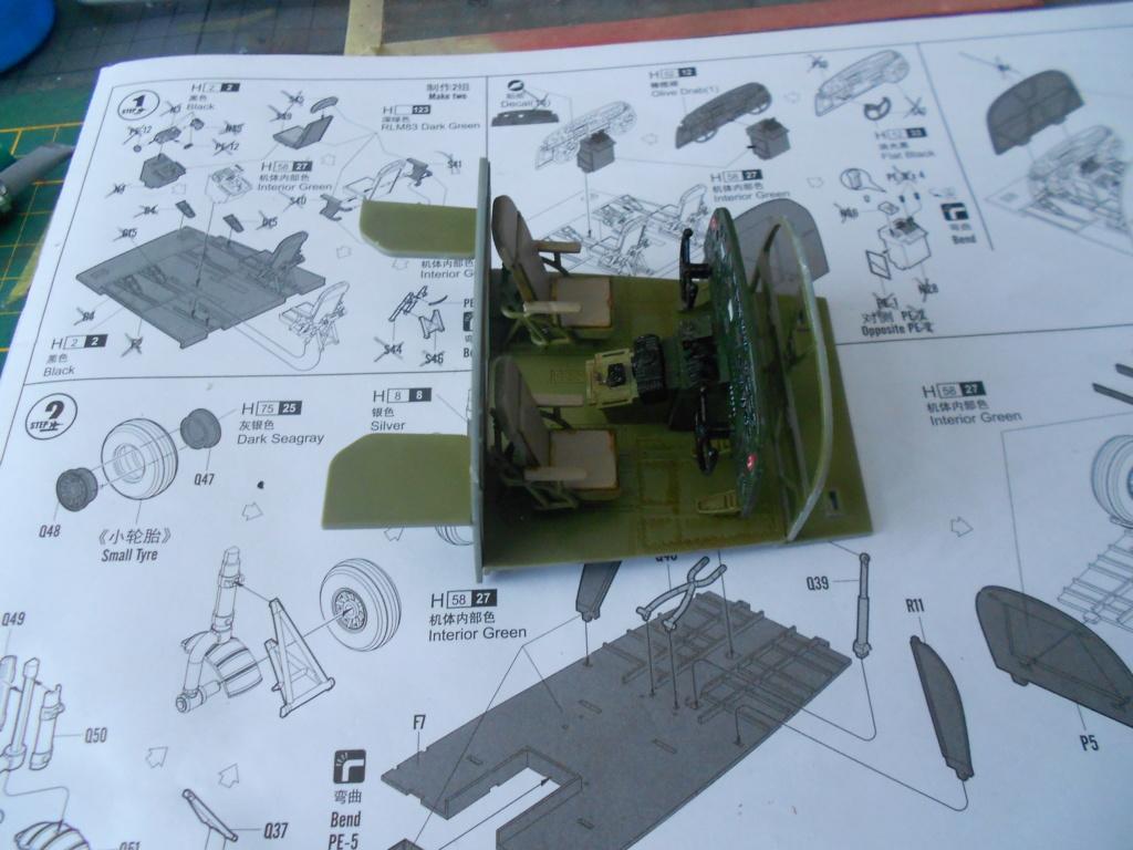 b-24j liberator au 1/32 hobby boss - Page 2 Dscn1105