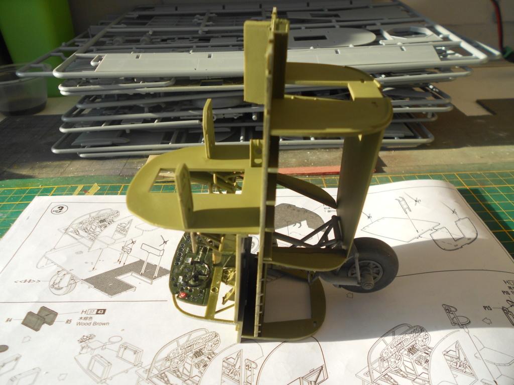 B-24J Liberator - Hobby Boss - 1/32 - Page 2 Dscn1135