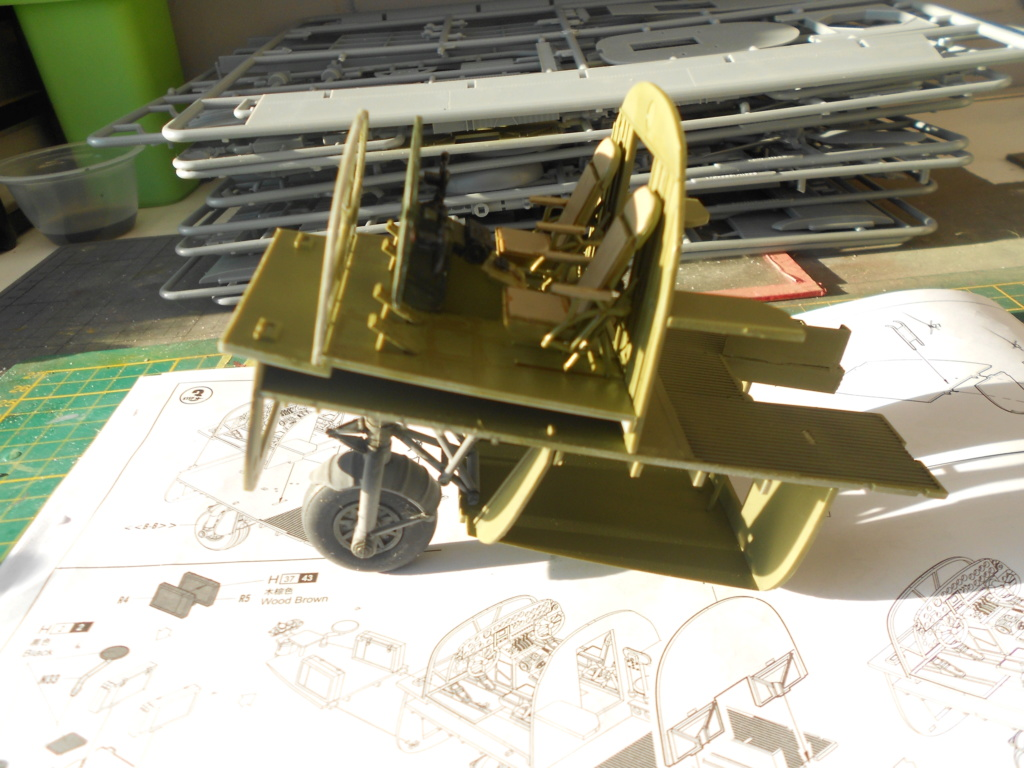 b-24j liberator au 1/32 hobby boss - Page 2 Dscn1139