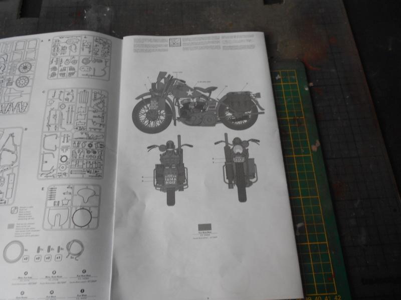 wla 750 1/9 italeri Harley Davidson   Dscn2165