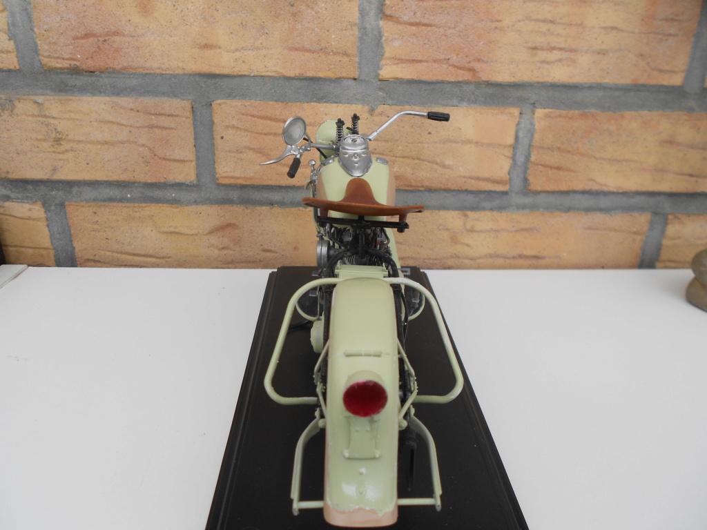 wla 750 1/9 italeri Harley Davidson   - Page 4 Dscn2342