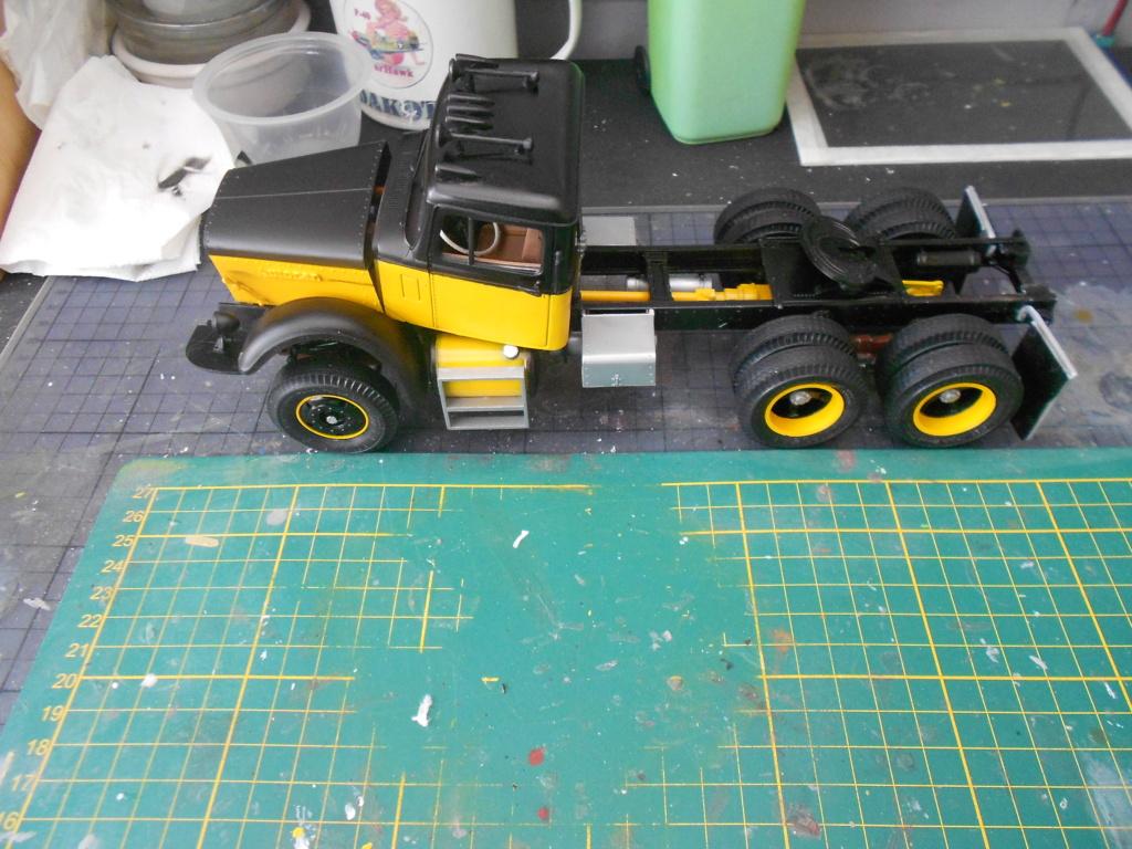 autocar a64b tractor 1/25 amt Dscn3424