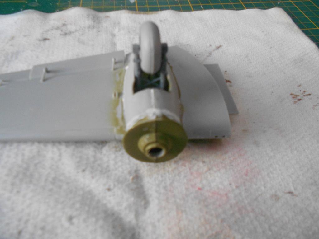 Savoia-Marchetti SM-79-2 Sparviero - Trumpeter 1/48 Dscn4154