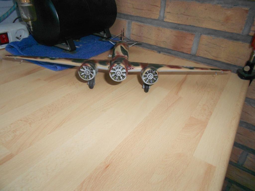 savoia-marchetti sm-79-2 sparviero trumpeter 1/48 - Page 2 Dscn4242