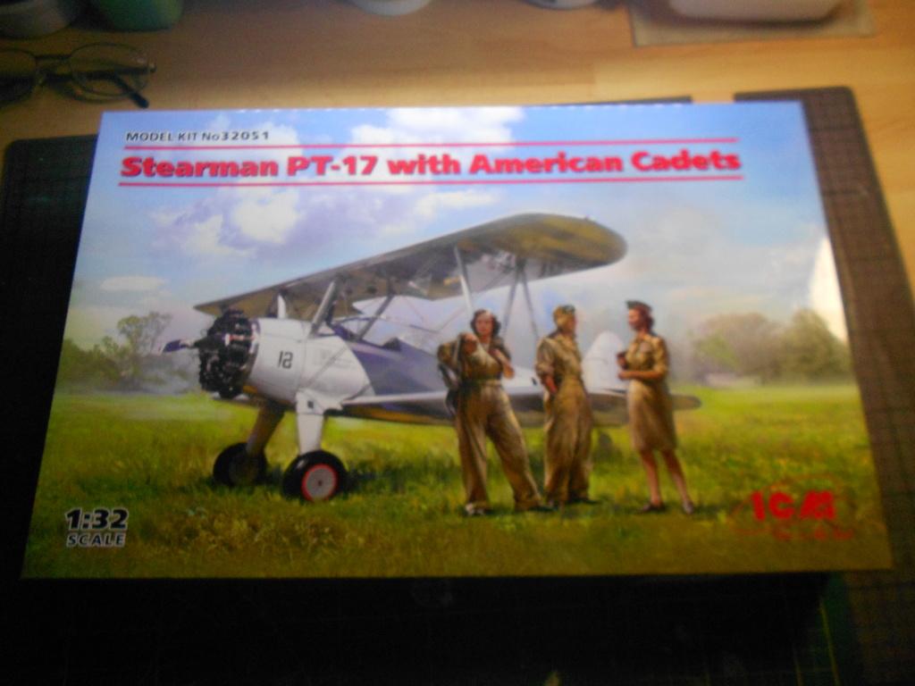 Stearman PT17/N25 + 3 cadets - ICM - 1/32 Dscn4324