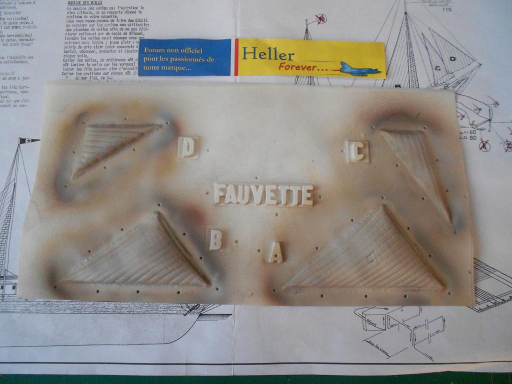 Yacht FAUVETTE 1/200ème Réf 80612 - Page 3 Dscn4877
