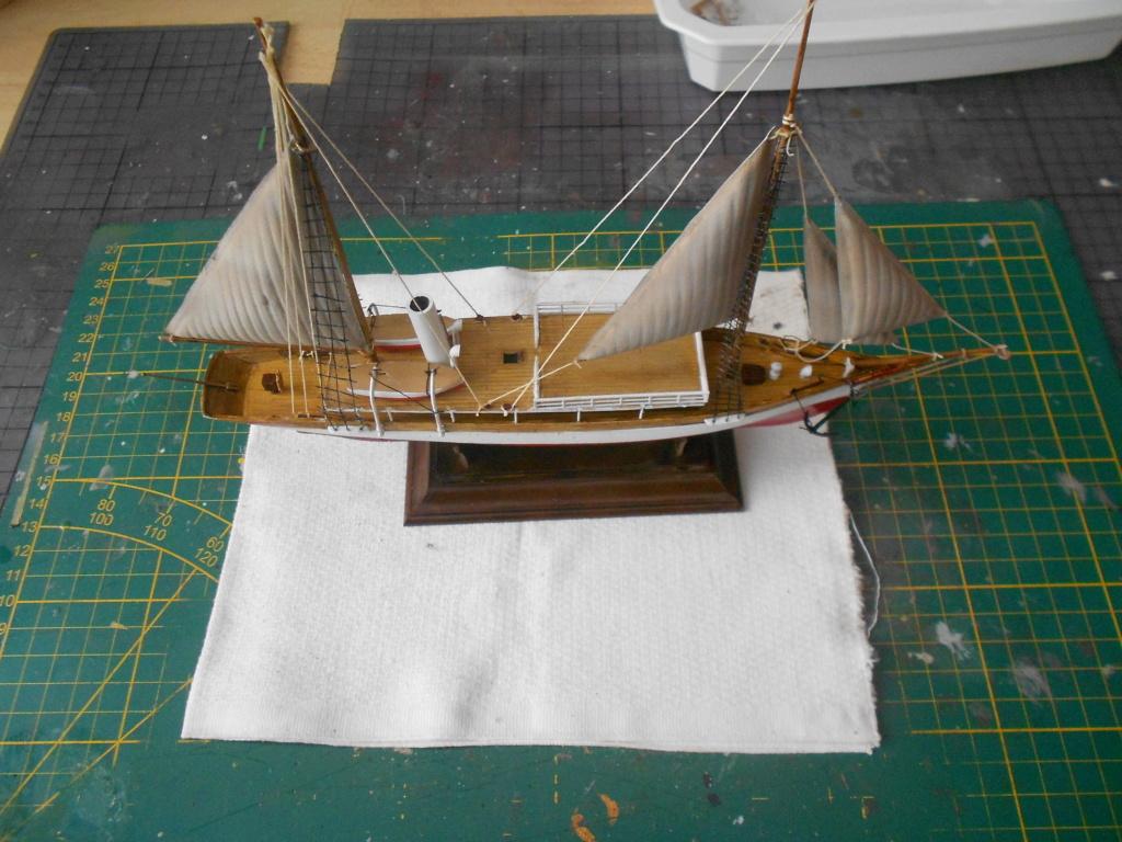 Yacht Fauvette (Heller 1/200°) par dakota59 Dscn4898