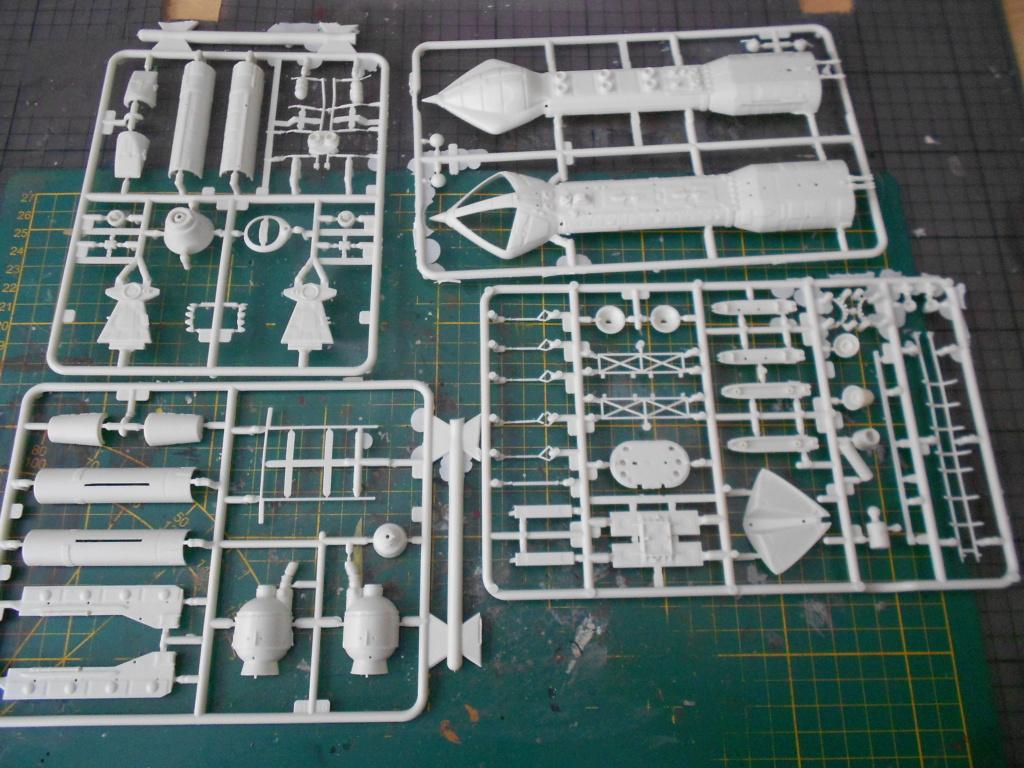 hawk space1999 mpc Dscn5295
