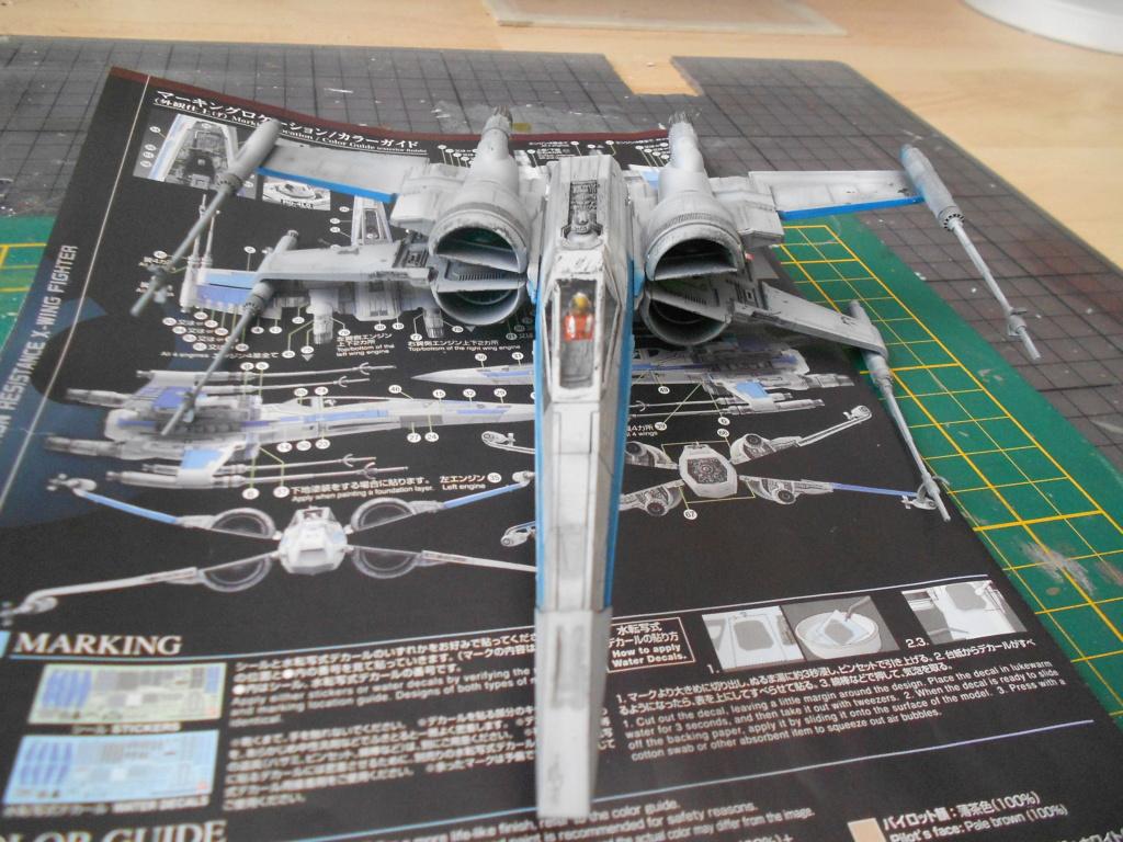 star wars blue squadron resistance x-wing fighter 1/72 bandai  Dscn5588