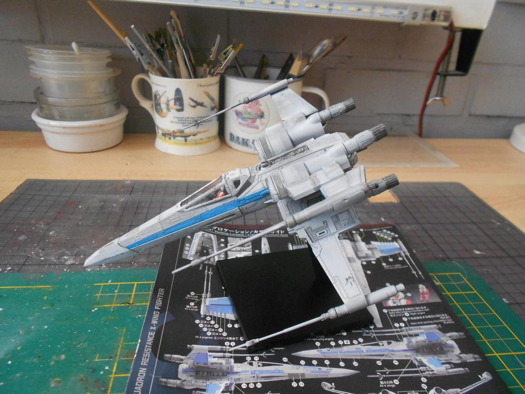 star wars blue squadron resistance x-wing fighter 1/72 bandai  Dscn5589