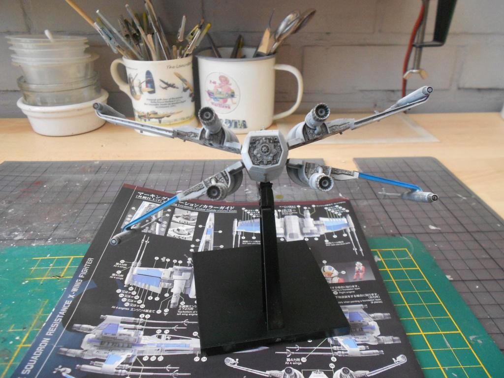 star wars blue squadron resistance x-wing fighter 1/72 bandai  Dscn5590