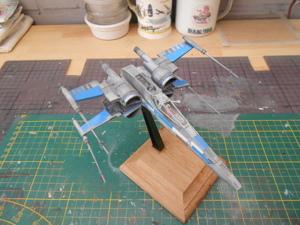 star wars blue squadron resistance x-wing fighter 1/72 bandai  - Page 2 Dscn5611