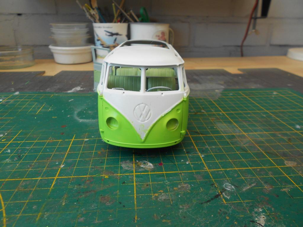VW T1 Samba bus flower power - Revell - 1/24  Dscn6333
