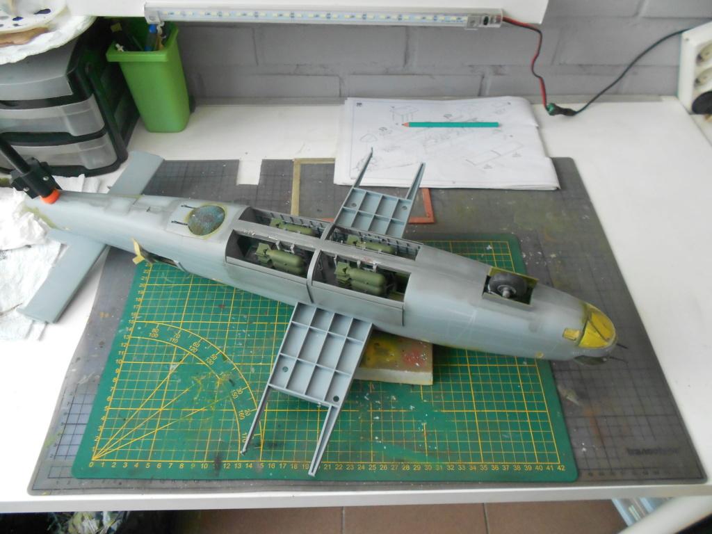 B-24J Liberator - Hobby Boss - 1/32 - Page 4 Fusela40