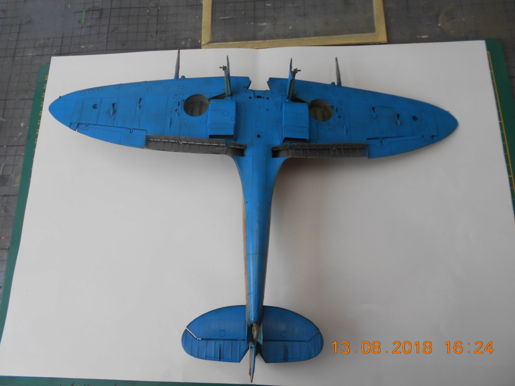 Supermarine Spitfire MK VIII 1/32 Tamiya  Jusdsc16