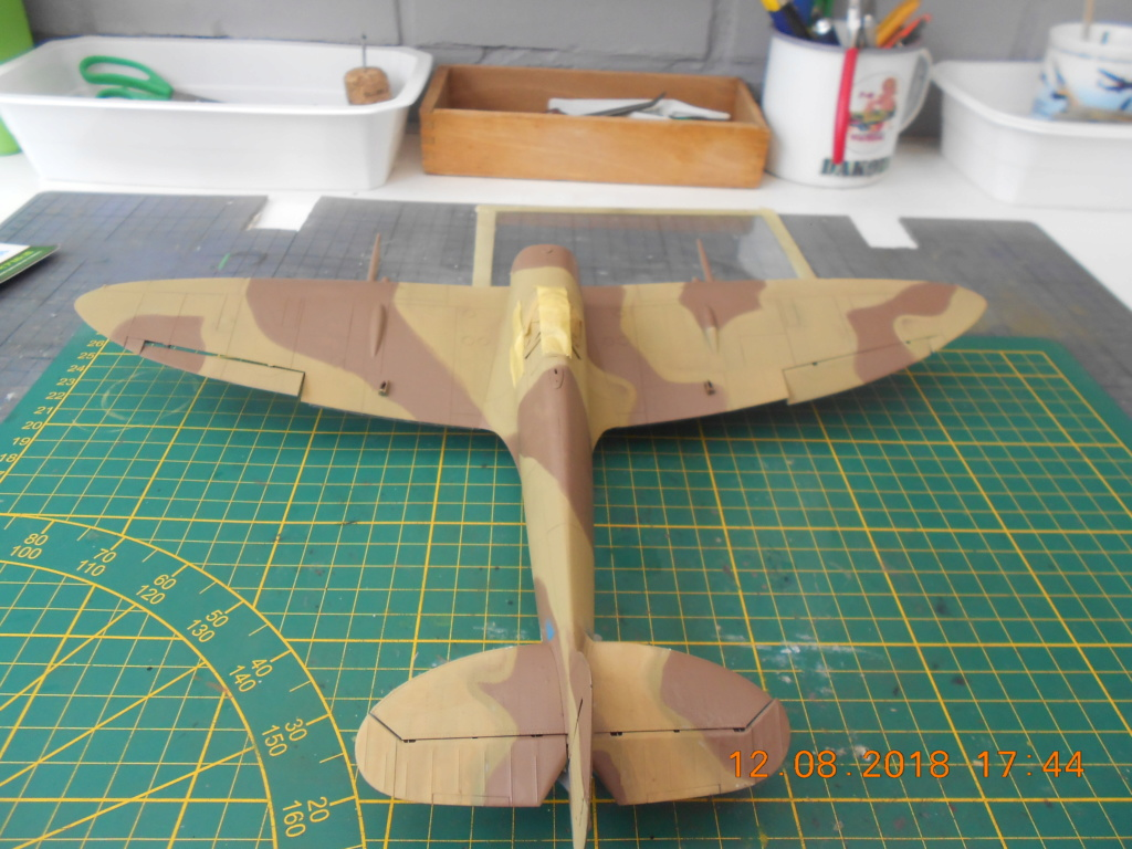Supermarine Spitfire MK VIII 1/32 Tamiya  Peintu37