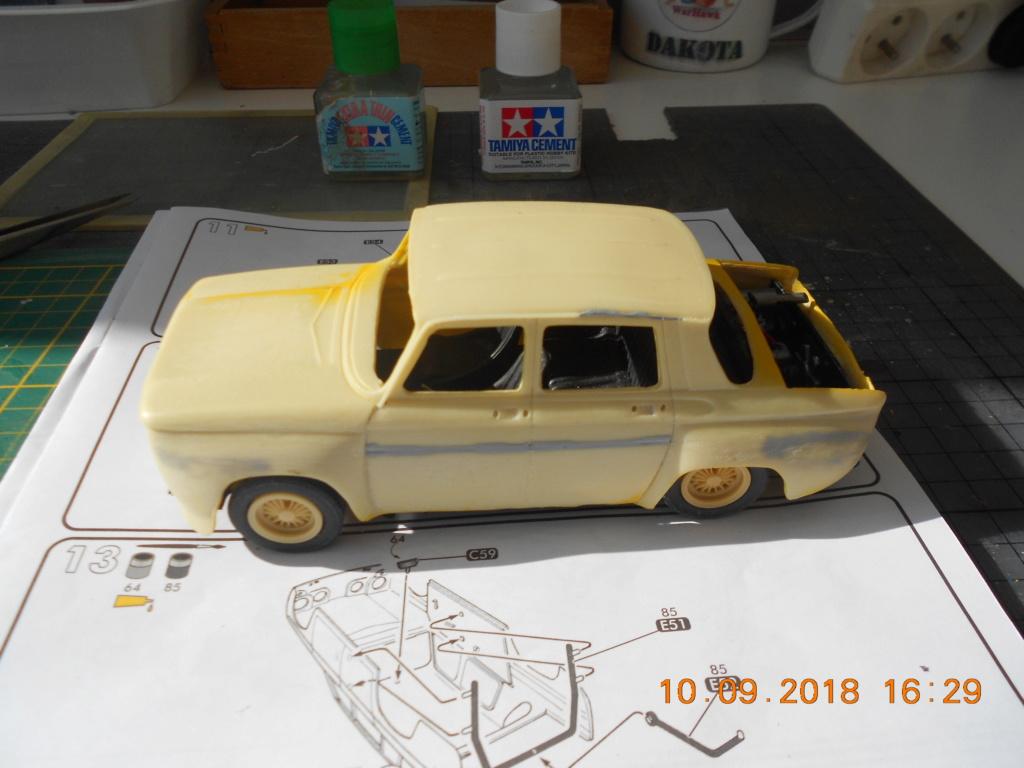 Renault R8 Gordini Heller au 1/24 R8_sur12