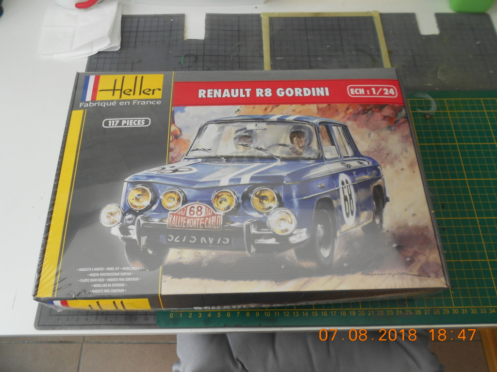 Renault R8 Gordini Heller au 1/24 Renaul31
