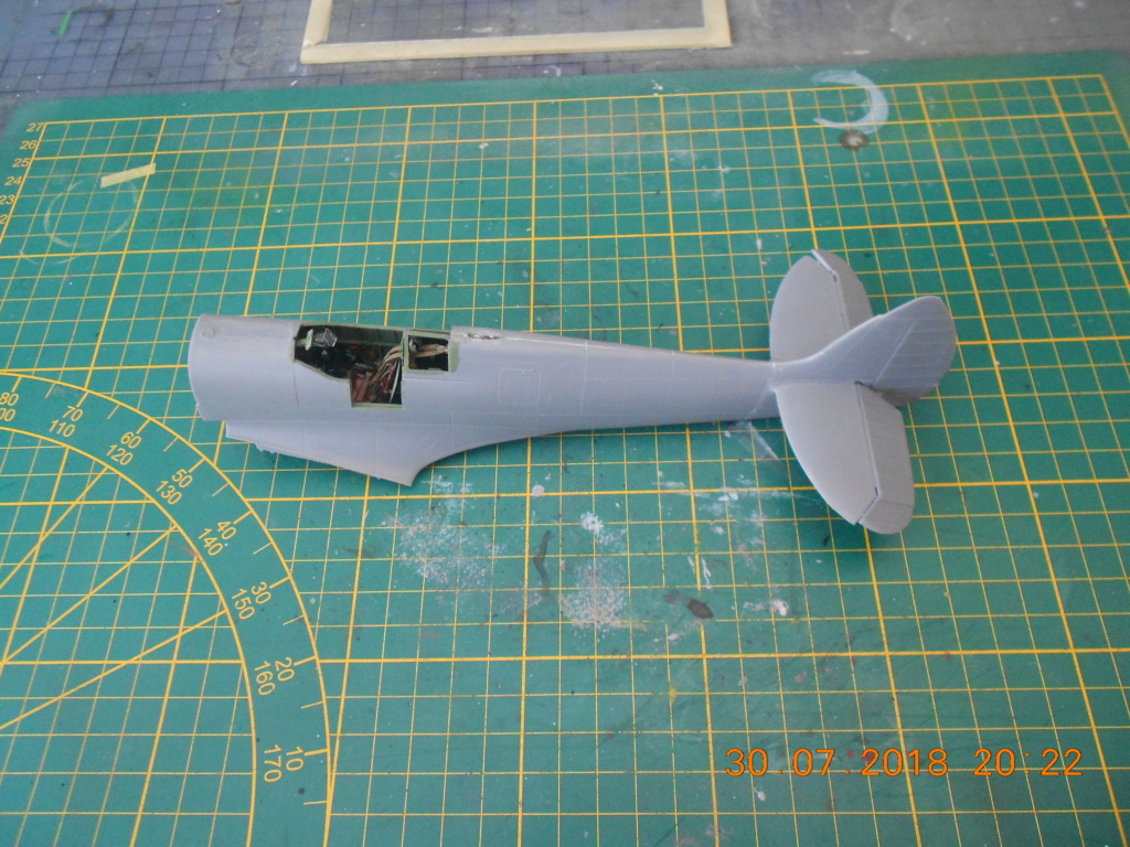 Supermarine Spitfire MK VIII 1/32 Tamiya  Spitfi15