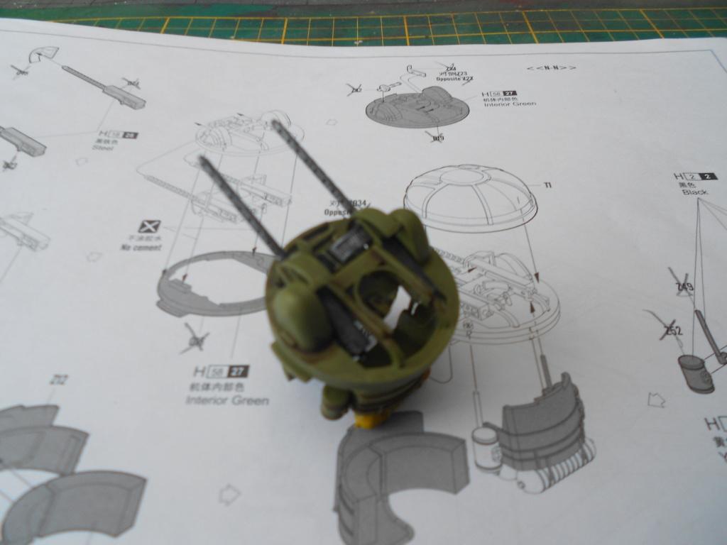 b-24j liberator au 1/32 hobby boss - Page 4 Touell10