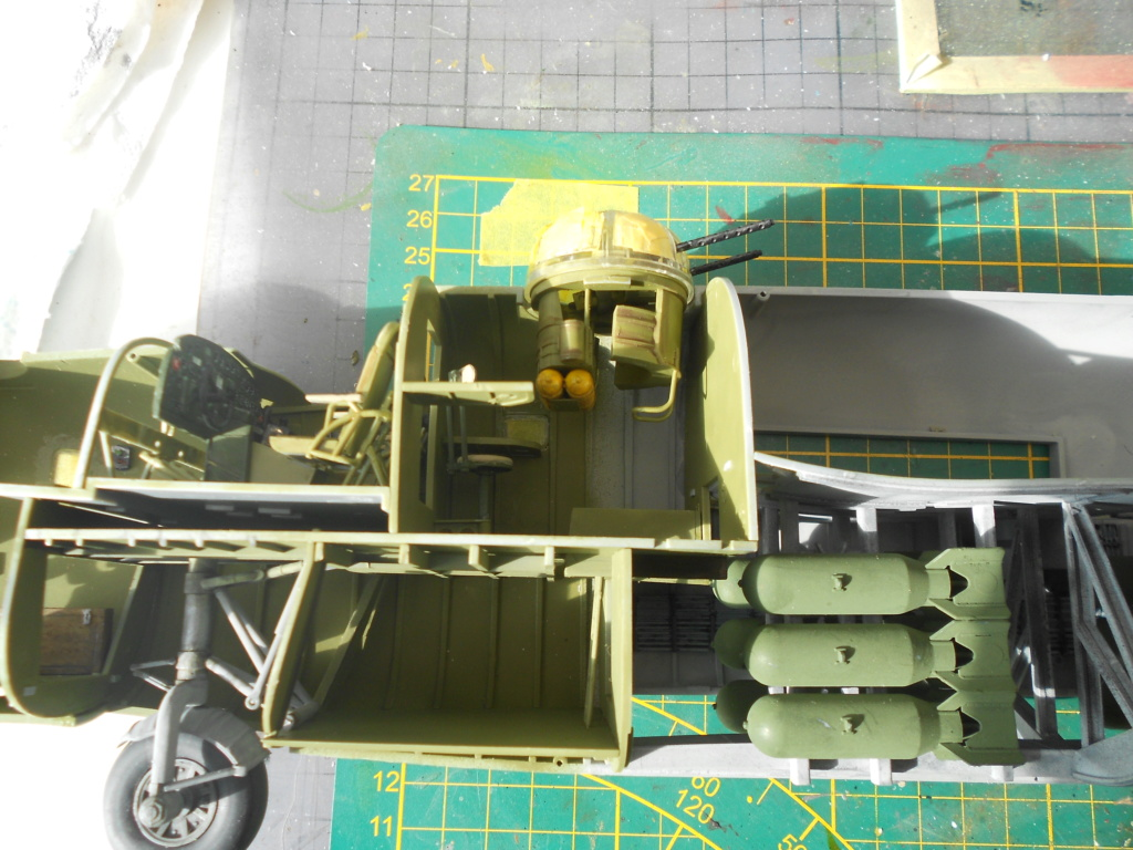 b-24j liberator au 1/32 hobby boss - Page 4 Tourel38