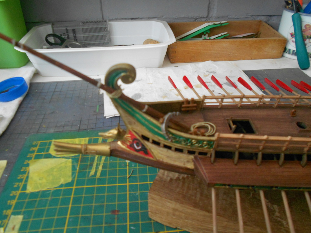 Roman Warship 1/72 Academy - Page 3 Voile_22