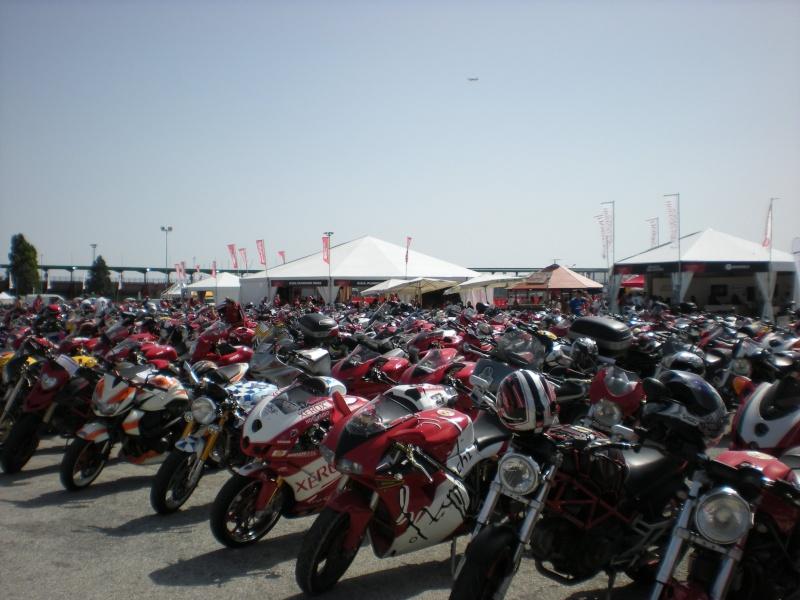 World Ducati Week - Page 2 Dscn0810