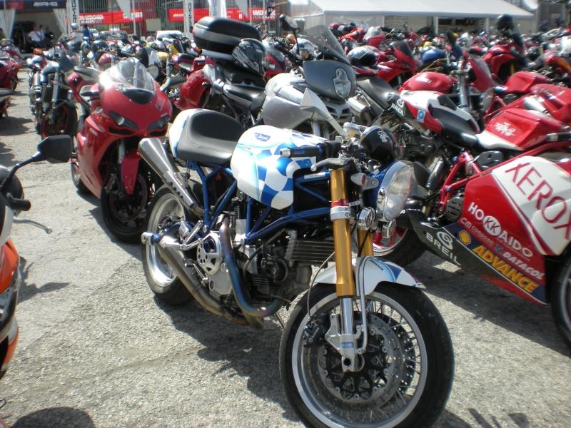 World Ducati Week - Page 2 Dscn0811