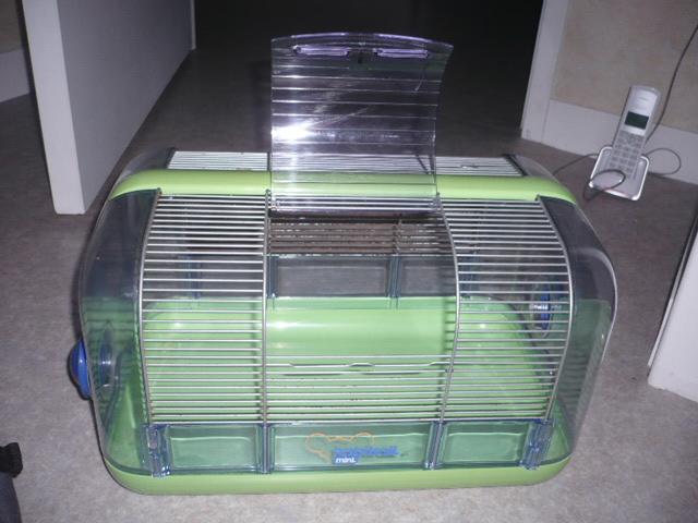 [VDS] Petite cage de quarantaine/cage pour petits rongueurs. P1300529