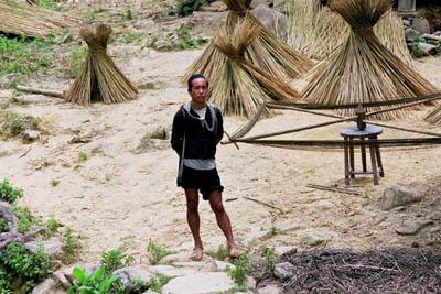 KAWM LUS ROV Hmong10