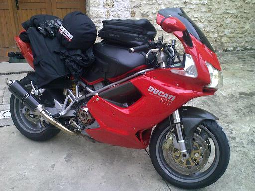 [VENDUE] Ducati ST3  2004 32000 km 13082010