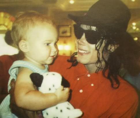 Foto di Michael e i bambini - Pagina 12 Bimbi10
