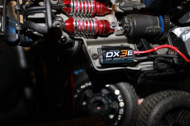 Parasite/Condo/Condensateur/BEC Contro 1/16 VXL Mini Img_1412