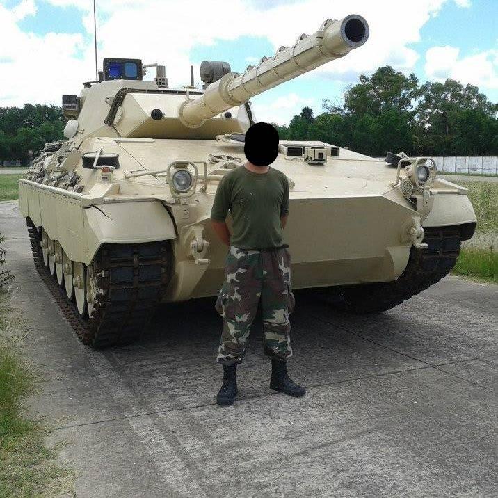 Armée argentine/Fuerzas Armadas de la Republica Argentina - Page 8 Asdhaa10