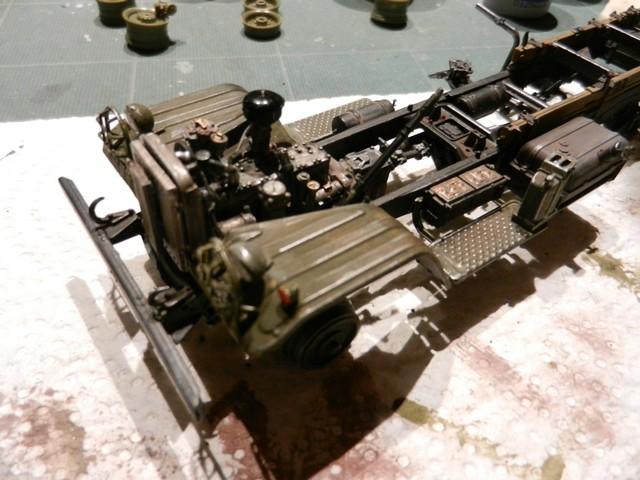 [TRUMPETER] Camion militaire chinois JIENFANG CA-30 1/35ème Réf 01002 Dscn1823