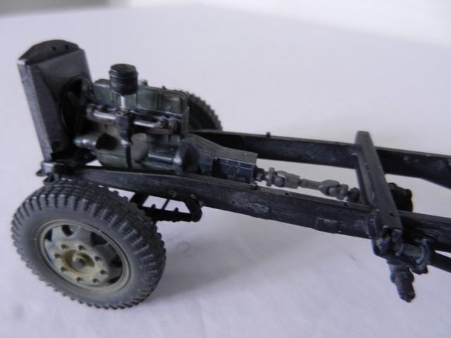 [DRAGON] Camion utilitaire Sd.Kfz.3a MAULTIER semi-chenillé 1/35ème Réf 6761 Dscn1935