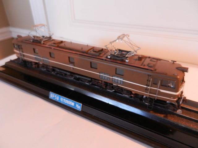 Locomotive électrique EF58 Dscn9712