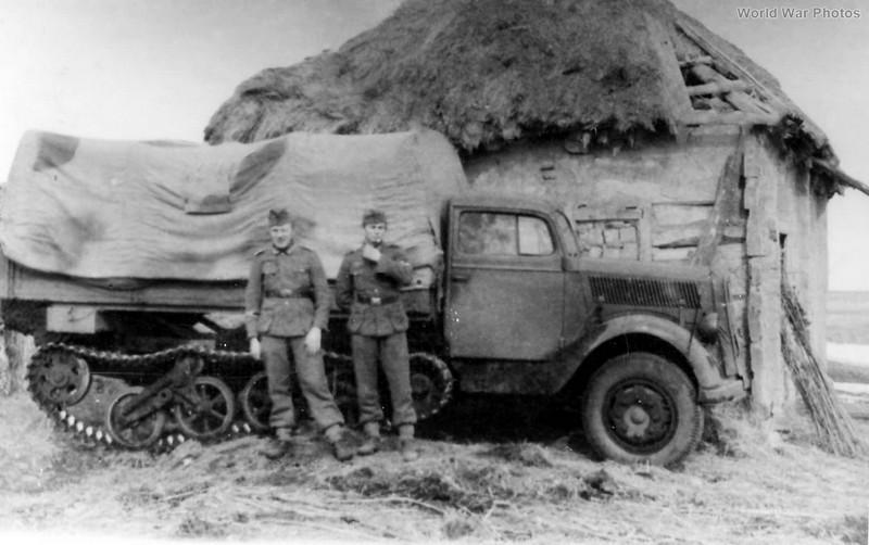 [DRAGON] Camion utilitaire Sd.Kfz.3a MAULTIER semi-chenillé 1/35ème Réf 6761 Opel_m13