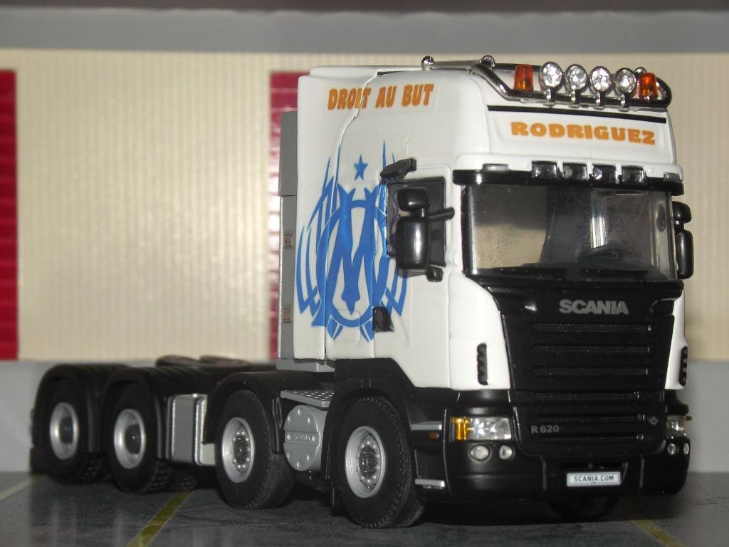 Miniatures camions 1/50 et 1/43 de David 36. 000210