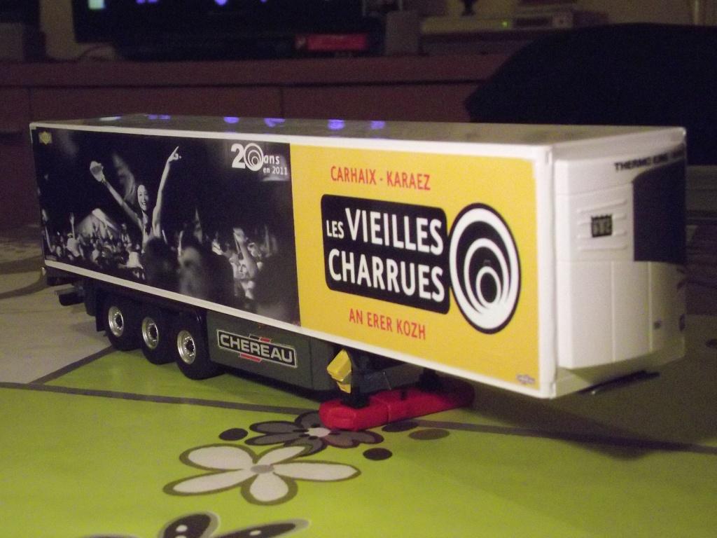 Miniatures camions 1/50 et 1/43 de David 36. - Page 4 000411