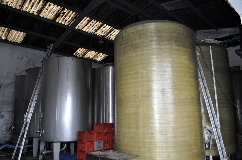 Visite de la distillerie à l'entrée de mon village. Dsc_0227
