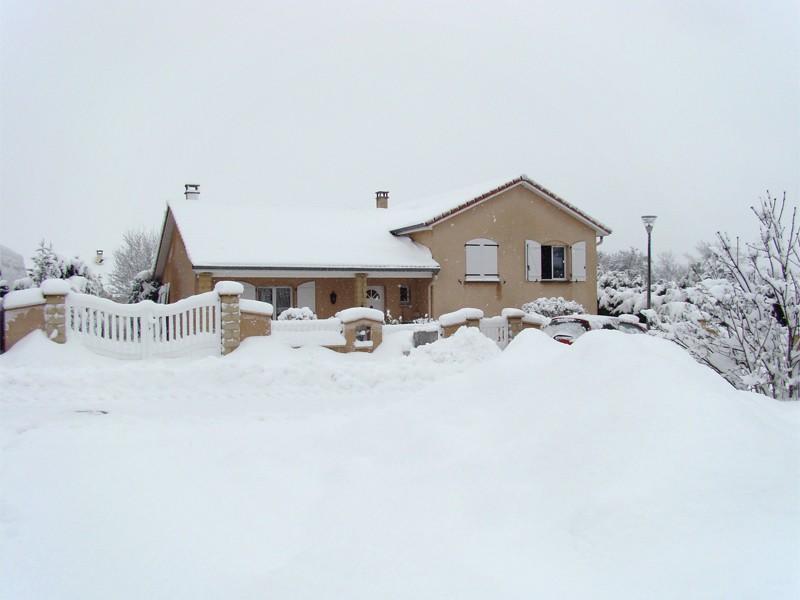 Paysages sous la neige Maison10