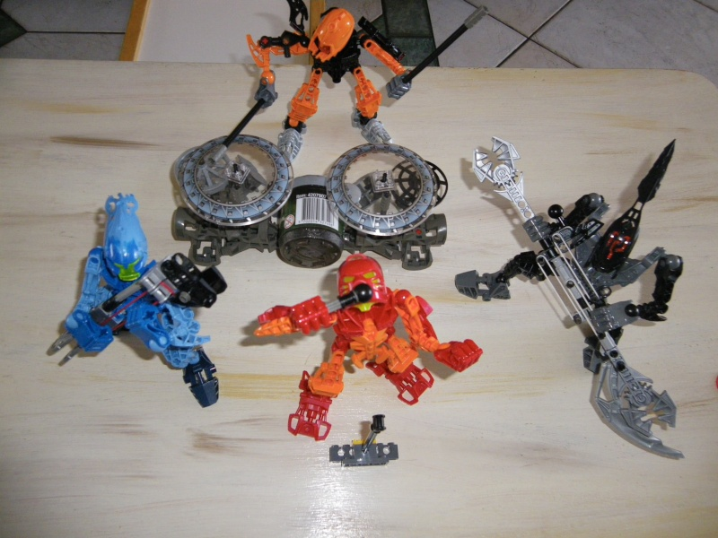 [MOC] Bionicle Rock Band... Imgp0413