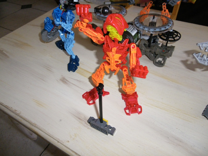 [MOC] Bionicle Rock Band... Imgp0416