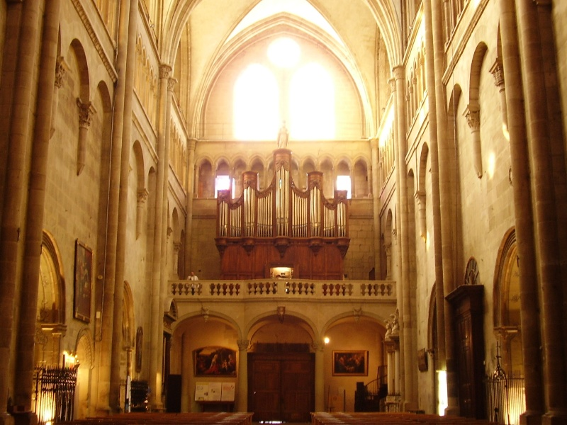 Orgue de la Collégiale Saint-Barnard - ROMANS P8280010