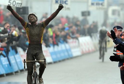 BAAL  --Belgique-- 01.01.2011 Sven-n10