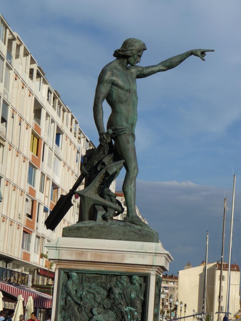[Les Ports Militaires de Métropole] Visite de la rade de Toulon - Page 2 Toulon12