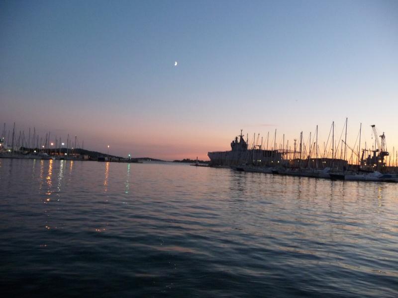 [Les Ports Militaires de Métropole] Visite de la rade de Toulon - Page 2 Toulon33
